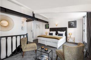 00013-palais-royal-extraordinary-apartment