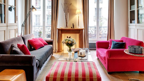 <h3>BEAUTIFUL REAUMUR APARTMENT</h3>